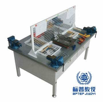吴江BPEAMP-7091钳工操作台(4工位)