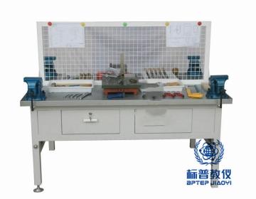 吴江BPEAMP-7092钳工操作台(2工位)